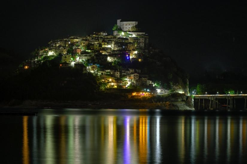 ... lago del turano by night (02) ...