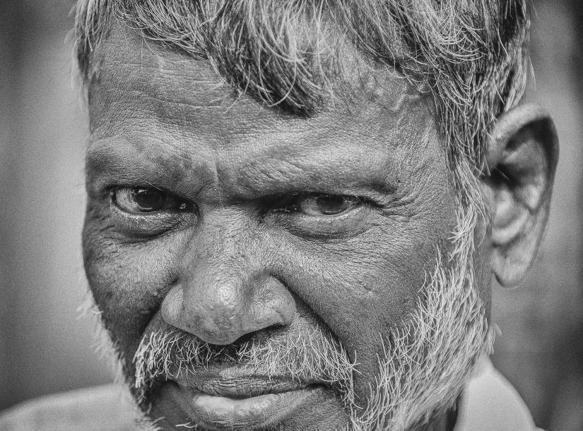 ... ritratto di uomo indiano (01) ...