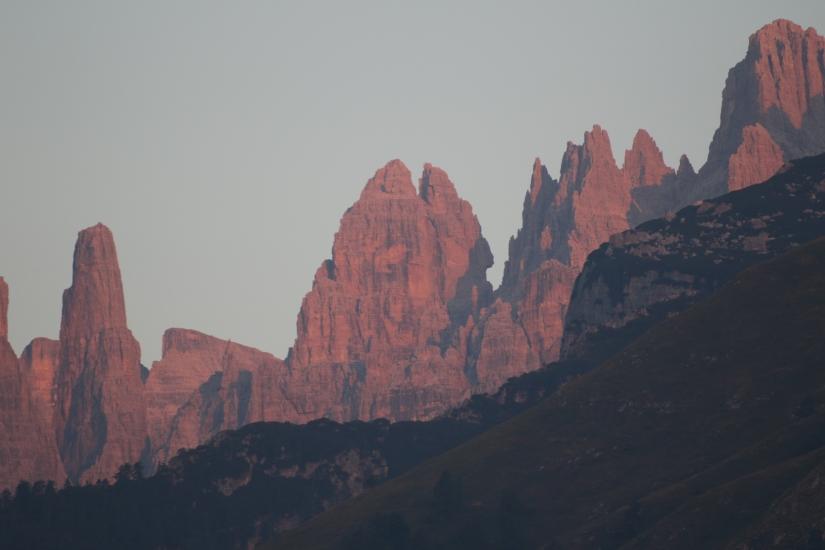 Alba sulle Dolomiti del Brenta loc. Andalo