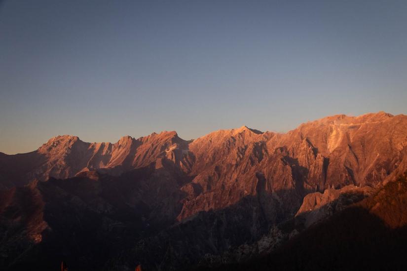 Alpi Apuane al tramonto