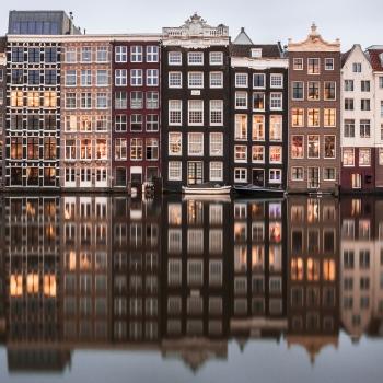 Amsterdam si sdoppia!