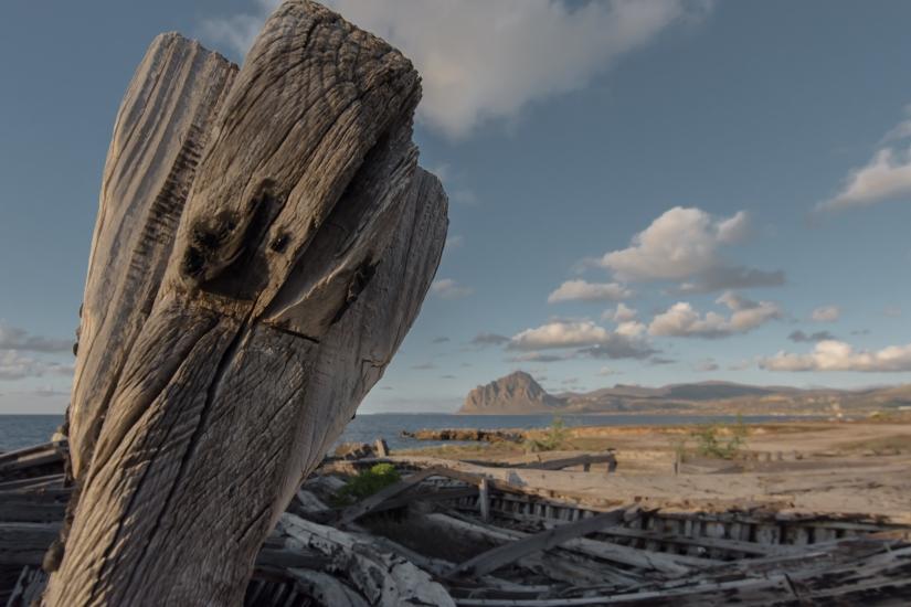 Antica barca abbandonata