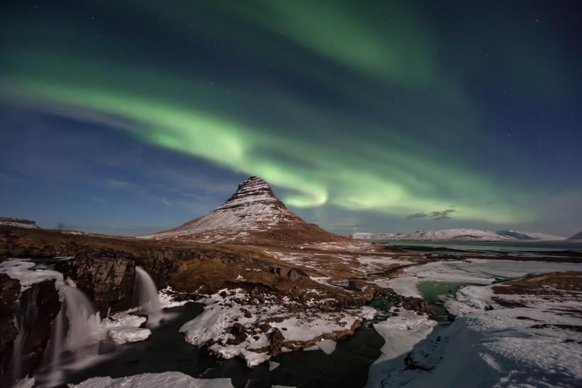 Aurora boreale a kirkjufell
