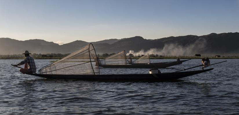 Barche di pescatori al rientro....