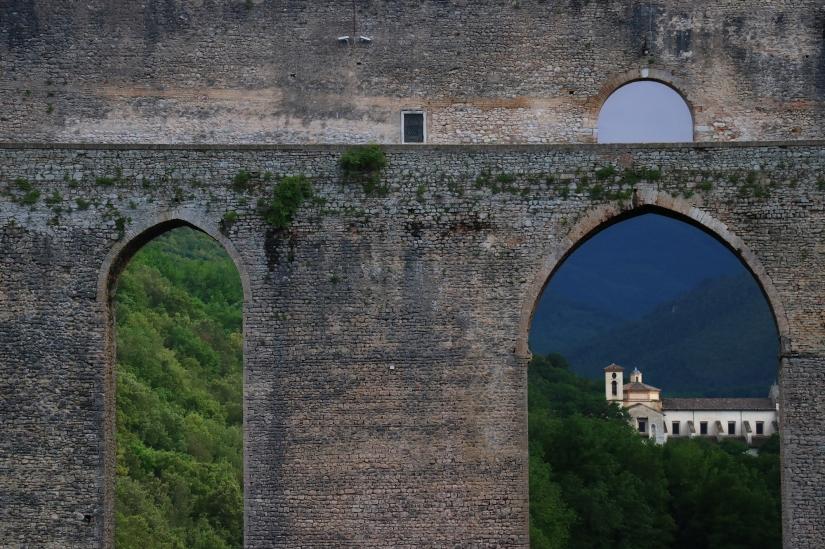 Borghi Antichi. Ponte delle torri.