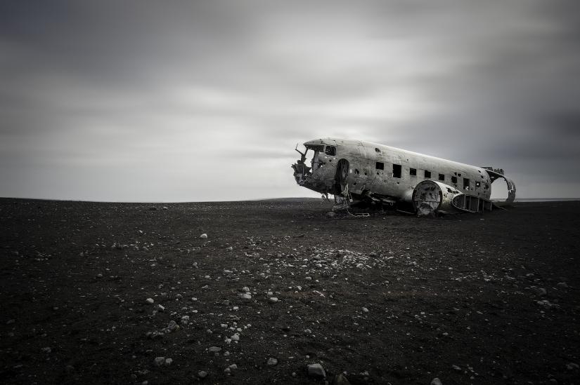 Carcassa del DC- 3 Plane