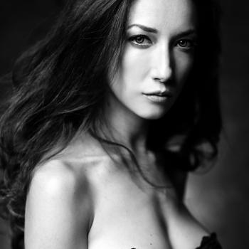 Carola, Portrait