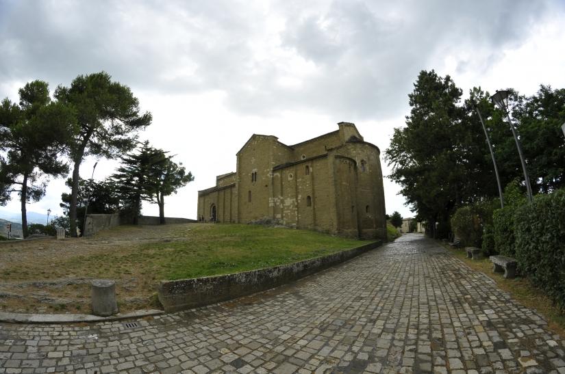 Cattedrali distorte