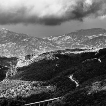 dovunque si può fotografare , madonie in bianco e nero