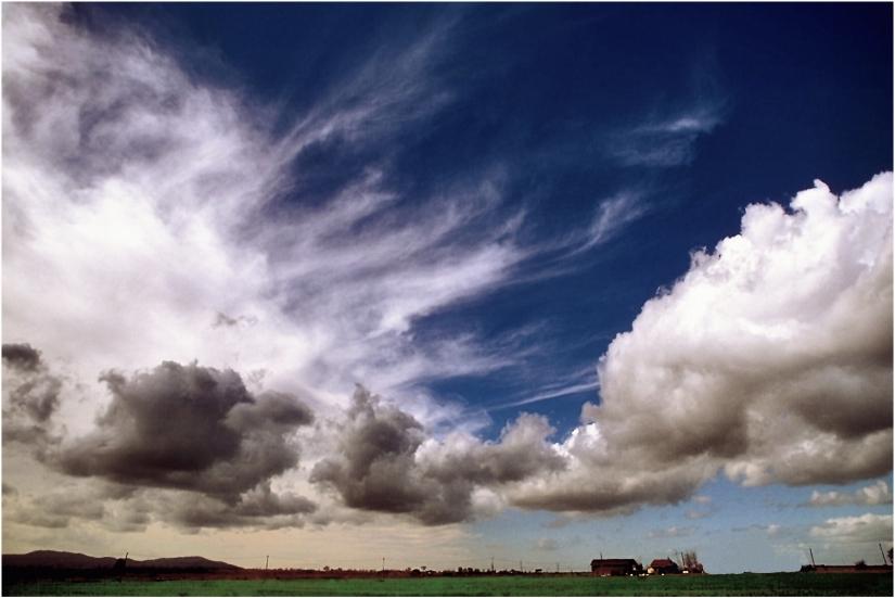 E ....Le nuvole vanno