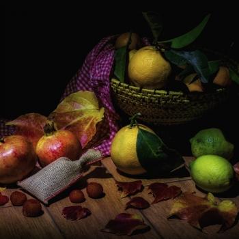 frutta e foglie d'autunno