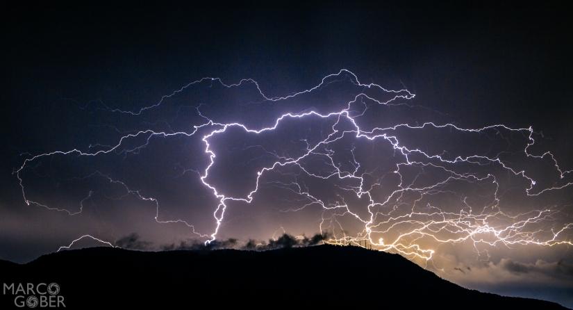 Fulmini durante la tempest