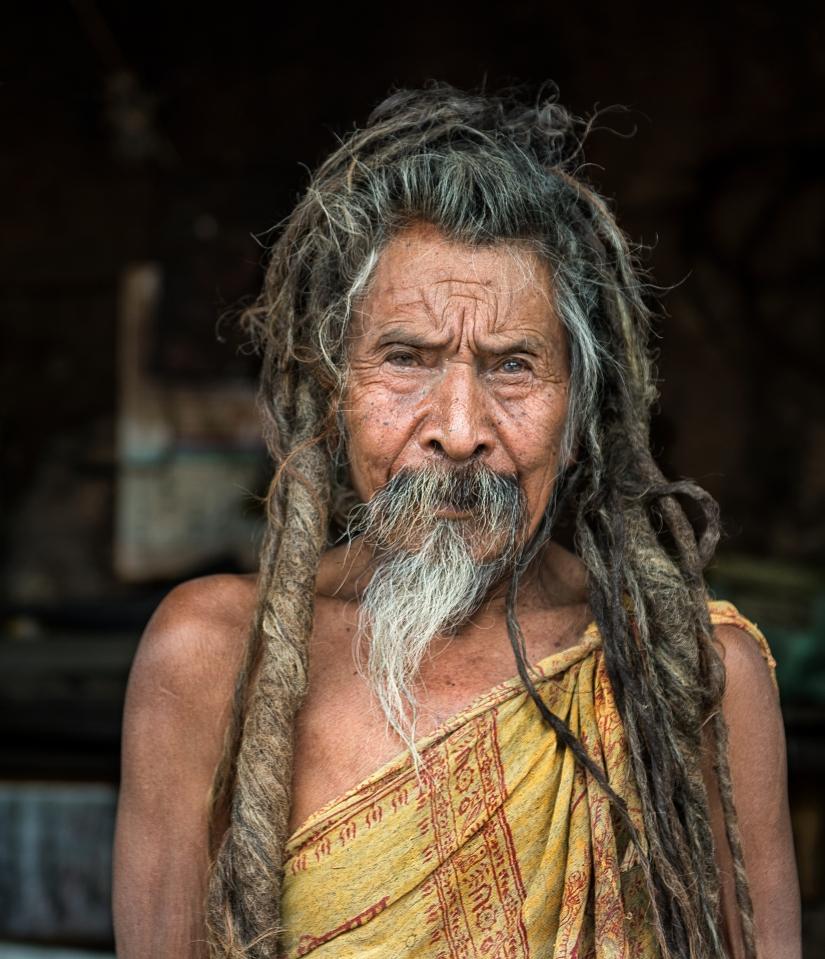 Gli occhi di un vecchio Sadhu