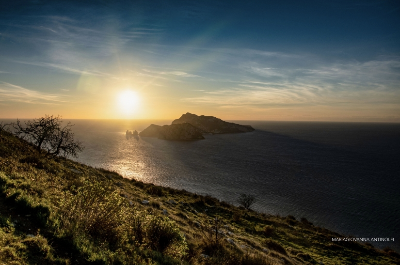 Golden hour in Punta Campanella