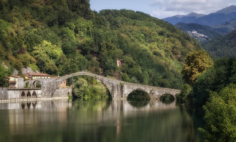 Il ponte nel verde - Borgo a Mozzano LU