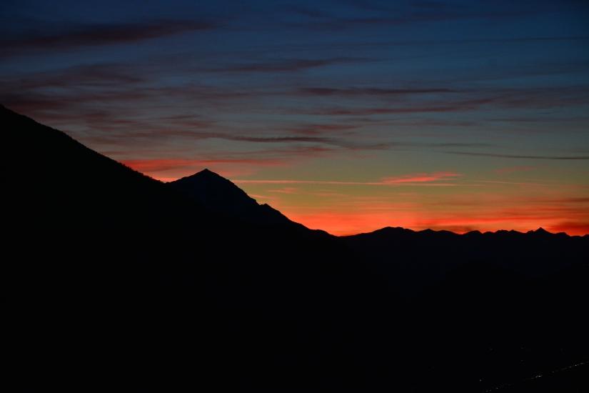 Il tramonto di un vecchio giorno