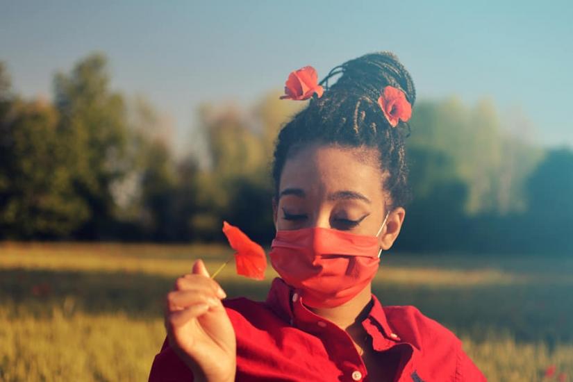 Innamorarsi tra papaveri e pandemia