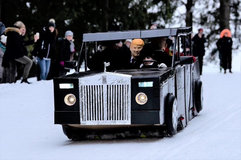 Kopa Karukkola- La Rolls Royce in pista