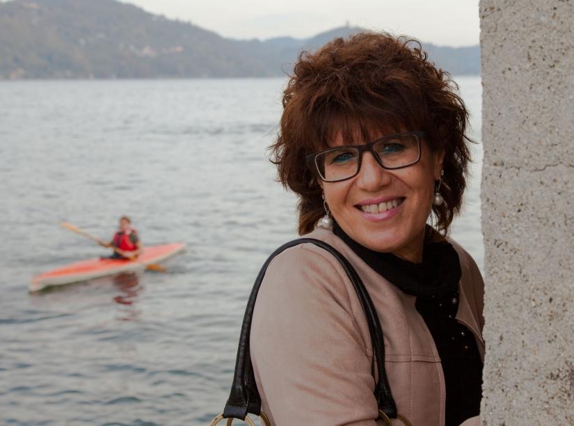 La dama, il lago e la canoa