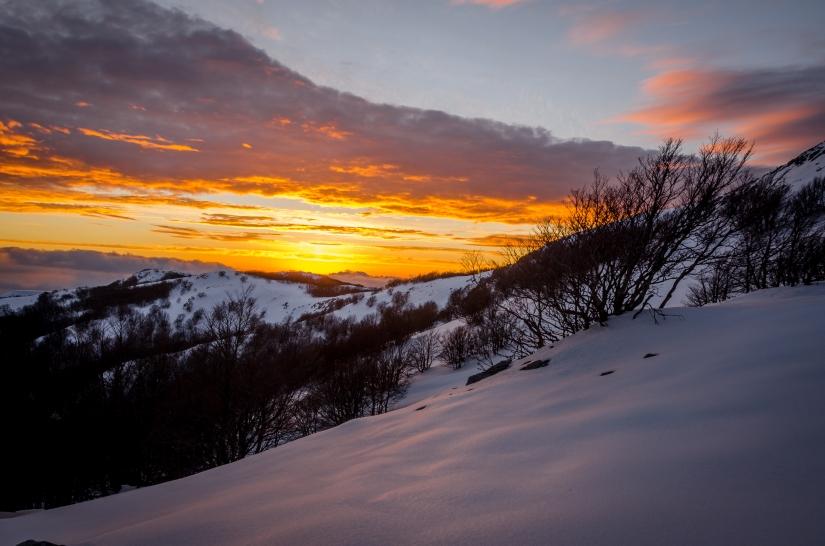 La fotografia di un escursionista  non  c e  niente di prefissato  cammina   guardati e cerca il paesaggio che  di più ti colpisce  non  ti fermare al primo spot ,,,,, la natura è  tutta un altra cosa ,,,,  carpidiem