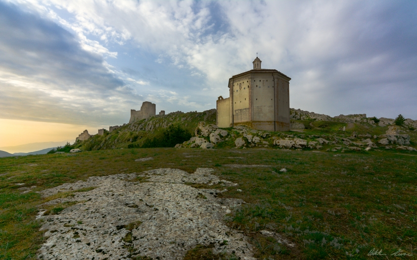 La Santa Maria della Pietà di Rocca Calascio