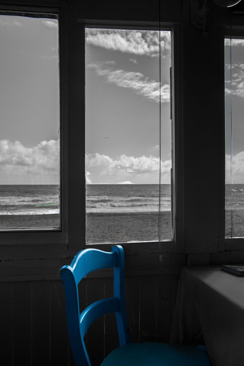 La sedia blu