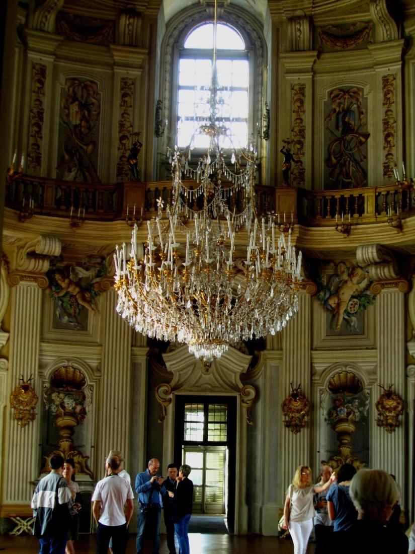 Lampadario salone centrale
