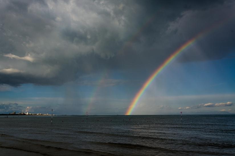 L'arco sul mare