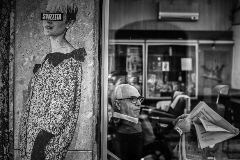 L'attesa dal barbiere