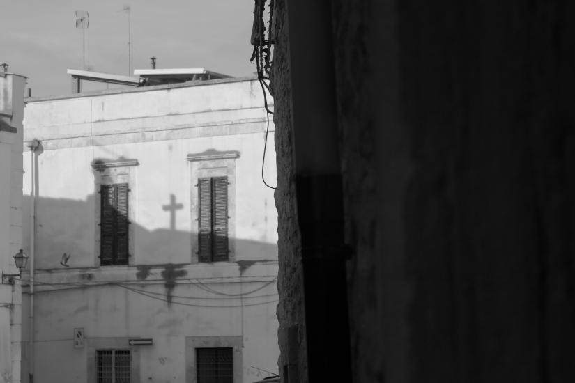 L'ombra della croce