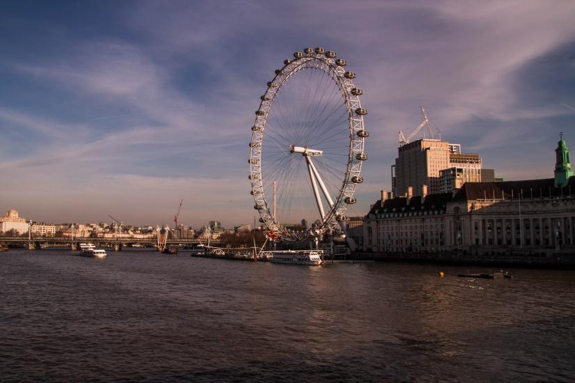 London eye all'alba