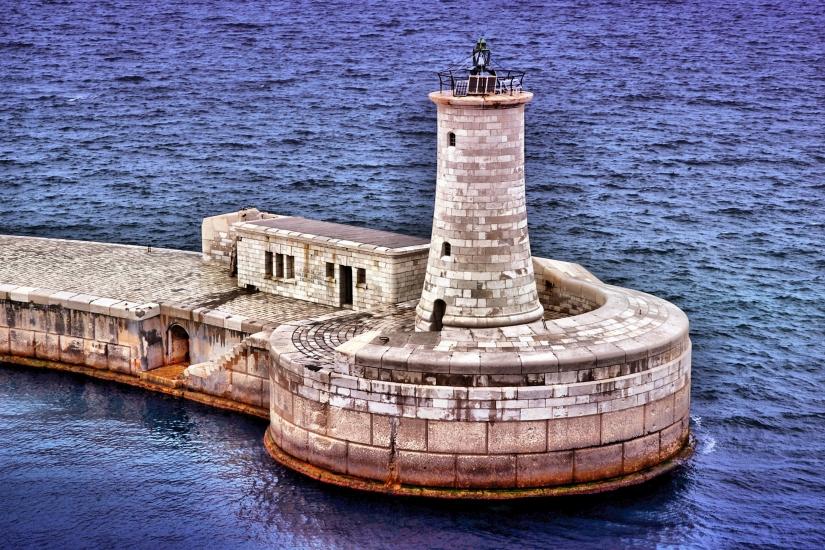 Malta- il Faro.