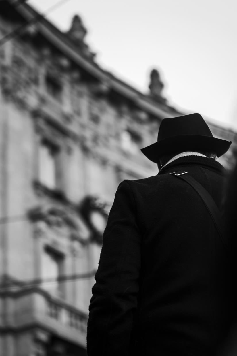 Milano ( Man whit hat from Behind). 2 Gennaio 2019.