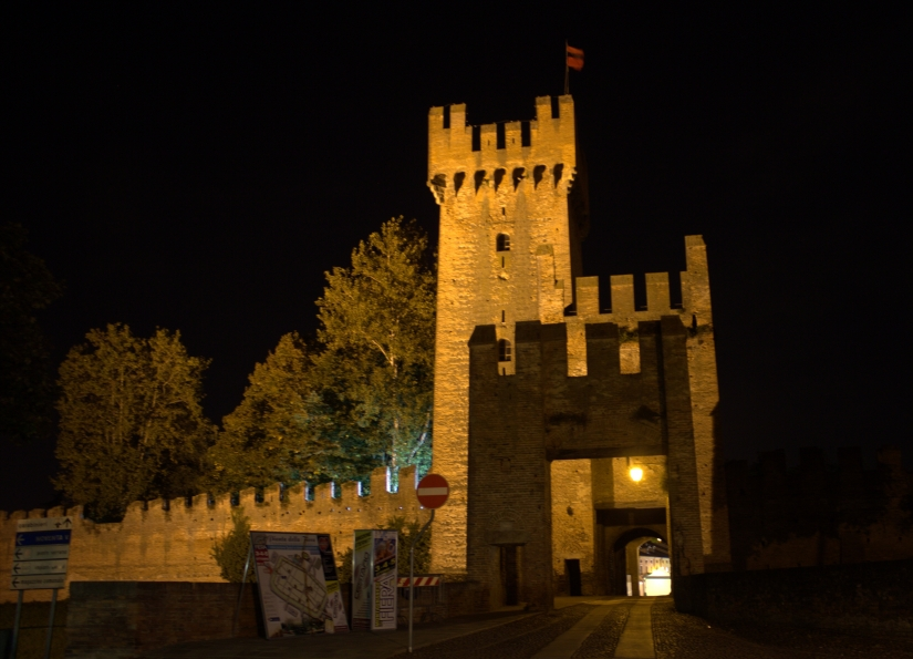 Montagnana by night!
