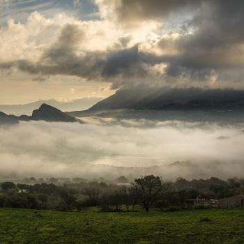 nebbia sul lago rosamarina di caccamo pa