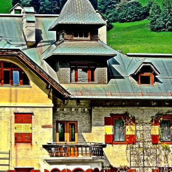 Old hotel in San Candido