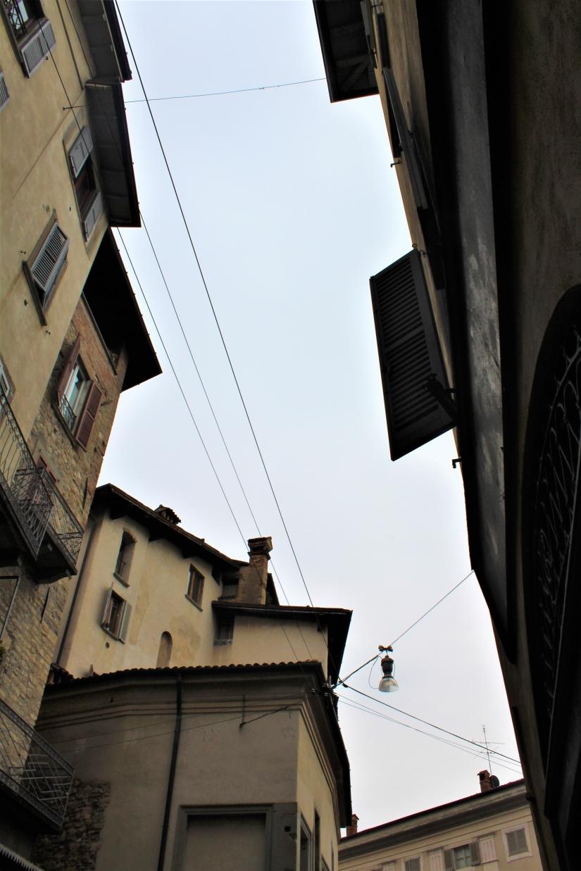 Oltre i tetti