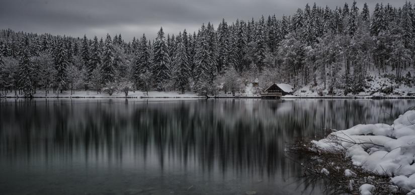 Open windows on Winter