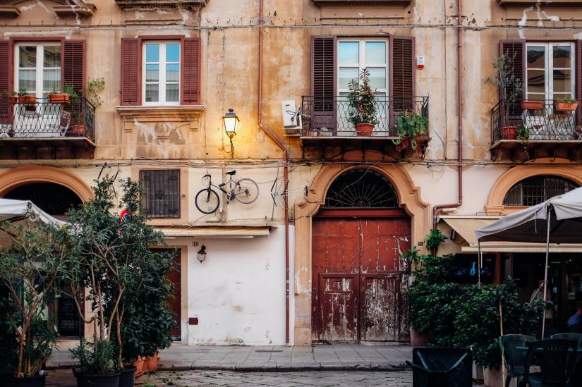 Palermo street details