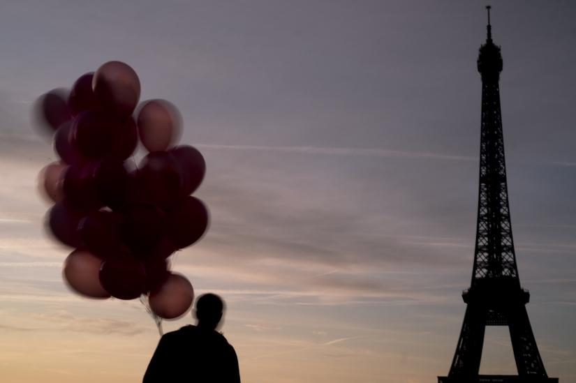 Parigi.Il peso dell'anima di una città nella dissolvenza dell'uomo.