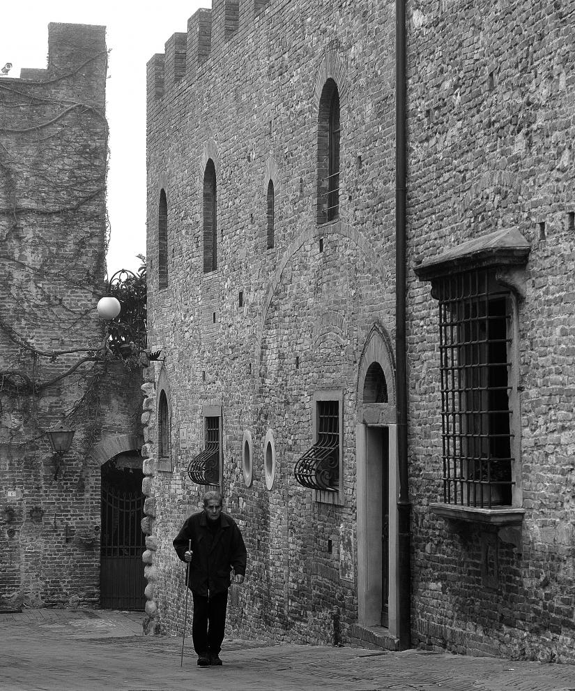Passeggiata tra le mura