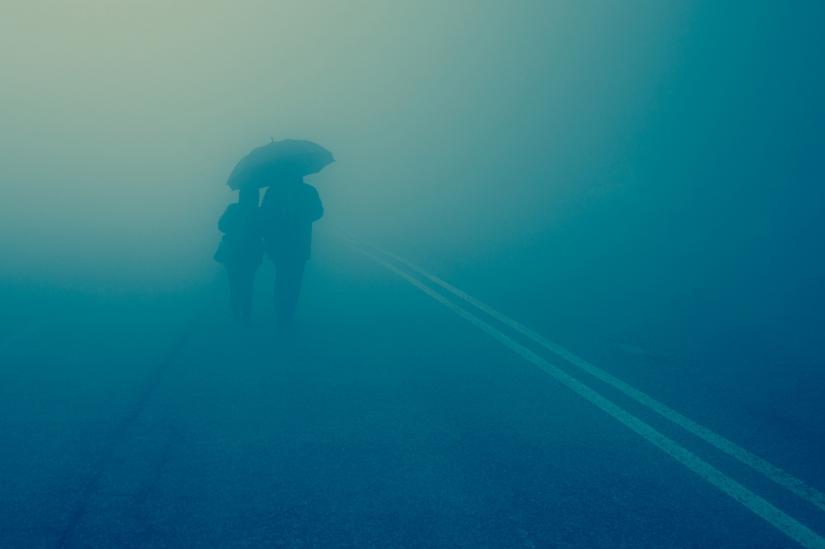 Pellegrini nella Nebbia