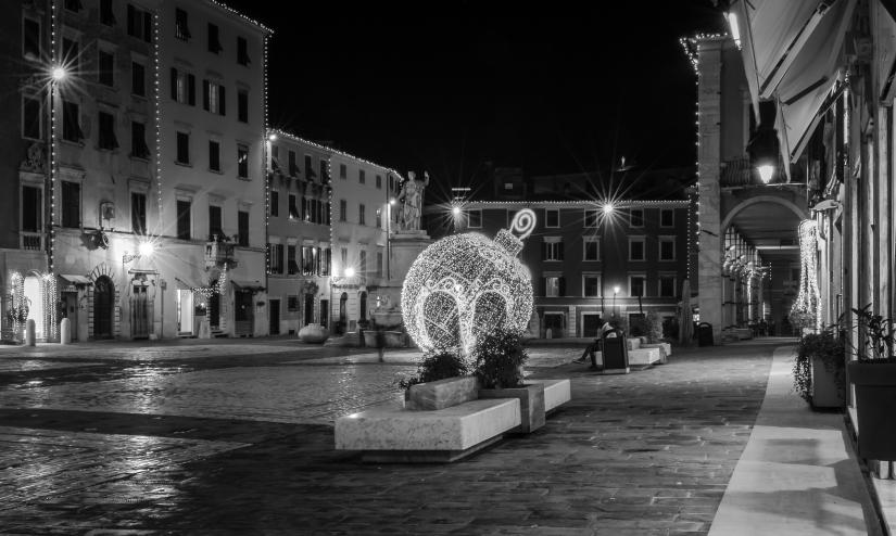 Piazza Alberica - Carrara vestita a festa