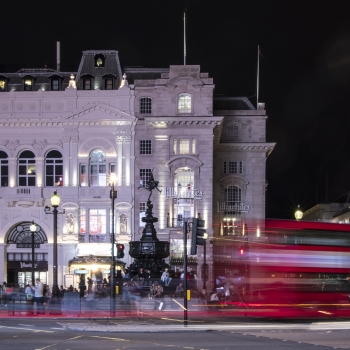 piccadilly  and double decker