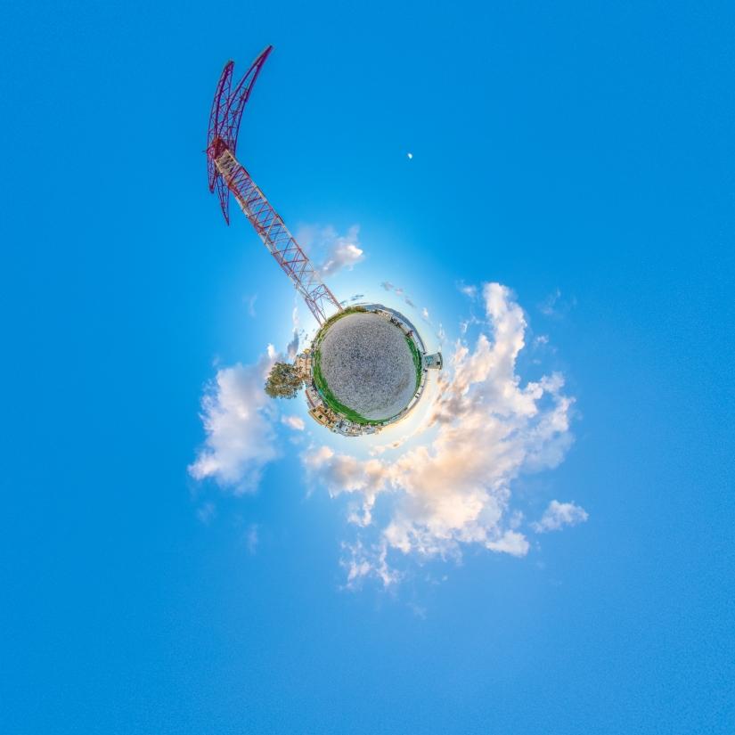 Pilone Little Planet