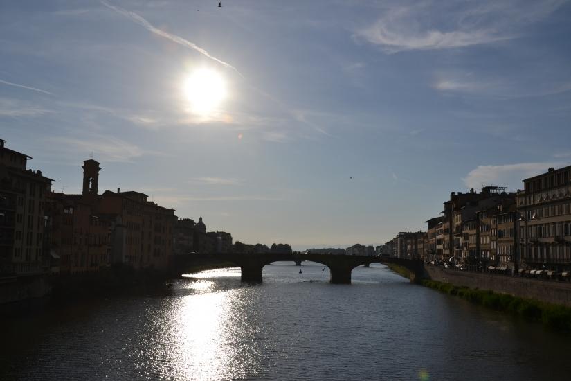 Riflesso del sole sull'Arno