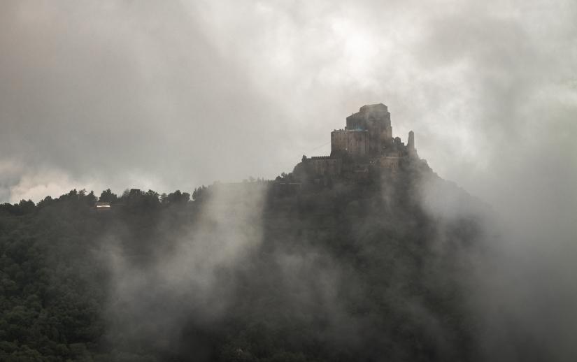 Sale la nebbia