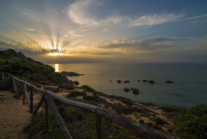 Sentieri al tramonto