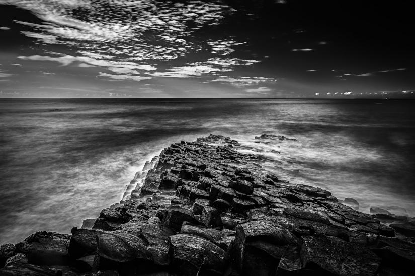 Sentiero nel mare
