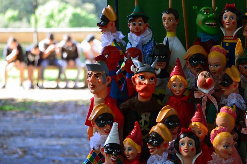 Siamo tutti marionette